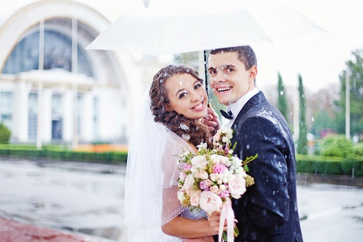 3 Spring Wedding Problems To Prepare For